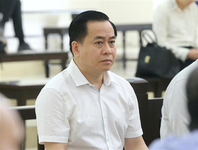 Trong ảnh: Bị cáo Phan Văn Anh Vũ (sinh năm 1975, Chủ tịch Hội đồng quản trị Công ty cổ phần Xây dựng 79, Công ty cổ phần Bắc Nam 79) tại phiên tòa. Ảnh: Doãn Tấn - TTXVN