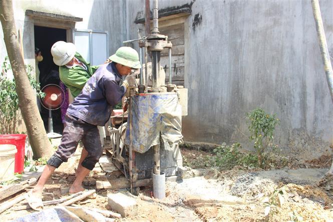Nắng nóng kéo dài, nhiều nơi ở Hà Tĩnh thiếu nước sinh hoạt