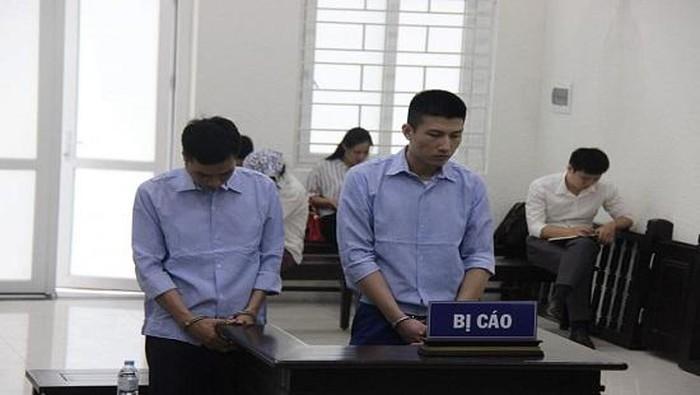 Hai cựu cán bộ Công an huyện Thanh Trì (Hà Nội) lĩnh án tù vì nhận hối lộ