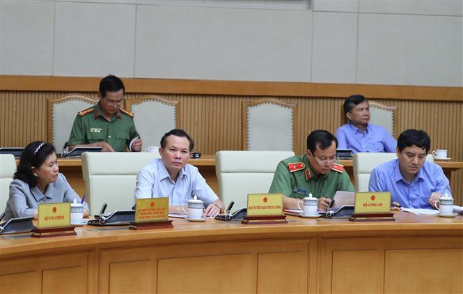 Trong ảnh: Thành viên Ban Chỉ đạo Quốc gia phòng, chống dịch COVID - 19 tham dự phiên họp. Ảnh: Thống Nhất – TTXVN