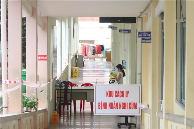 Trong ảnh: Khu vực cách ly điều trị và theo dõi các trường hợp nghi mắc và mắc COVID-19 tại Bệnh viện lao và bệnh phổi tỉnh Đắk Lắk. Ảnh: Tuấn Anh - TTXVN