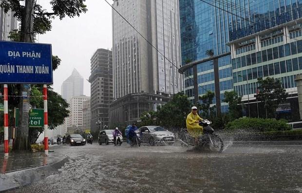 Thủ đô Hà Nội có mây, có mưa rào và dông rải rác