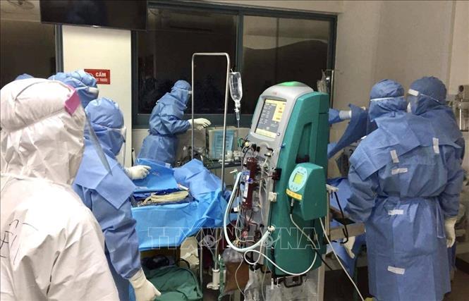 Bệnh viện Trung ương Huế nỗ lực điều trị cho các bệnh nhân Covid-19