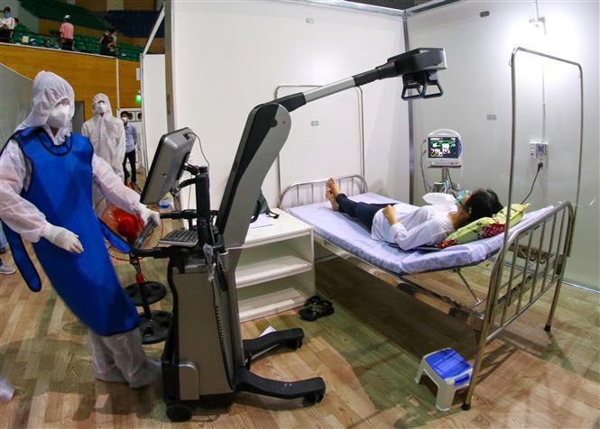 Diễn tập các tình huống xử lý bệnh nhân mắc COVID-19 được đưa đến Bệnh viện dã chiến Tiên Sơn (Đà Nẵng)