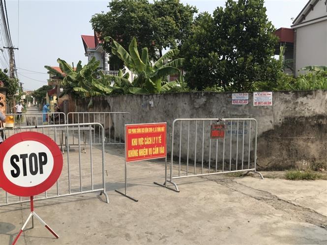 Khu vực cách ly y tế ở thôn Khay, xã Thống Nhất, huyện Gia Lộc. Ảnh: Mạnh Tú-TTXVN