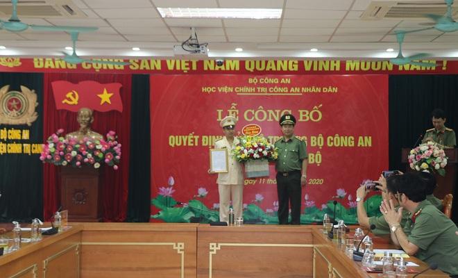 bổ nhiệm đồng chí Thượng tá Tống Văn Khuông, Trưởng phòng Phòng Quản lý đào tạo và bồi dưỡng nâng cao giữ chức vụ Phó Giám đốc Học viện Chính trị Công an nhân dân.