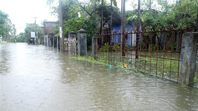 11 người chết và mất tích, 37 xã ở Trung Bộ ngập sâu do mưa lũ