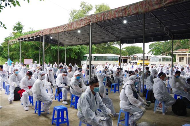 Các công dân được tiếp nhận tại Trường Quân sự tỉnh Sóc Trăng. Ảnh: Chanh Đa-TTXVN