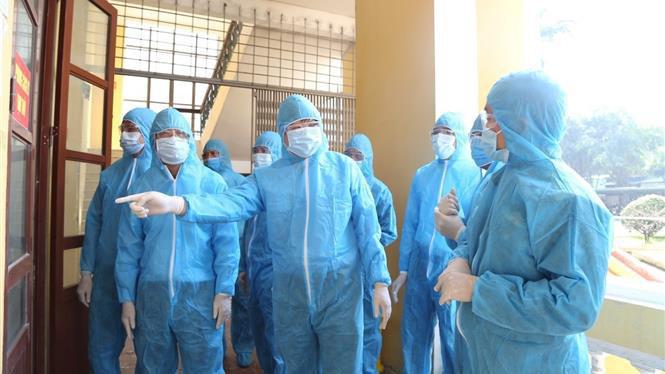 Thành phố Hồ Chí Minh: Cách ly 235 người, phong tỏa các địa điểm liên quan 2 ca mắc COVID-19 mới