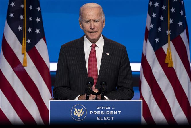 Trong ảnh: Tổng thống đắc cử Mỹ Joe Biden phát biểu sau cuộc gặp với các Thống đốc ở Wilmington, bang Delaware ngày 19/11/2020. Ảnh: AFP/TTXVN
