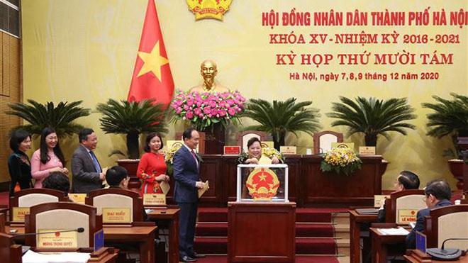 Ông Nguyễn Ngọc Tuấn được bầu giữ chức Chủ tịch Hội đồng nhân dân thành phố Hà Nội