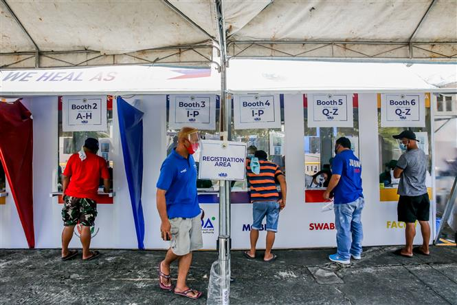 Một địa điểm xét nghiệm COVID-19 tại Manila, Philippines. Ảnh: THX/TTXVN
