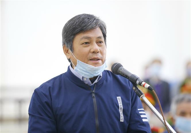 Bị cáo Đào Anh Kiệt (63 tuổi, cựu Giám đốc Sở Tài nguyên và Môi trường Thành phố Hồ Chí Minh) khai báo trước tòa. Ảnh: Doãn Tấn - TTXVN