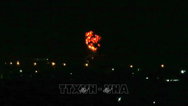 Máy bay chiến đấu của Israel lại tấn công Dải Gaza