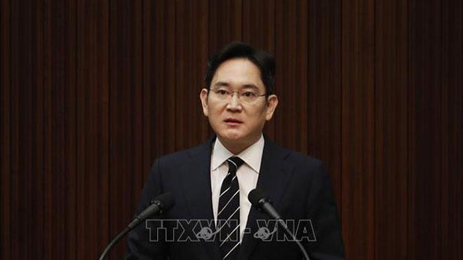 Người thừa kế Tập đoàn Samsung bị kết án 2 năm rưỡi tù giam