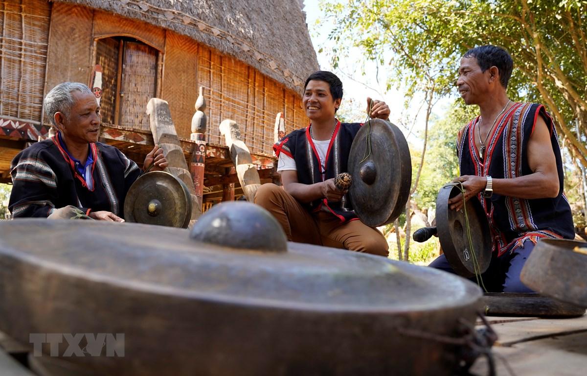 Bảo tồn, phát huy giá trị văn hóa cồng chiêng