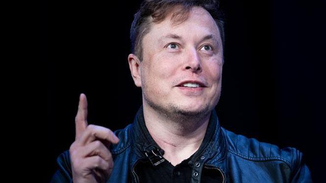 Tỷ phú Elon Musk vượt Jeff Bezos trở thành người giàu nhất thế giới