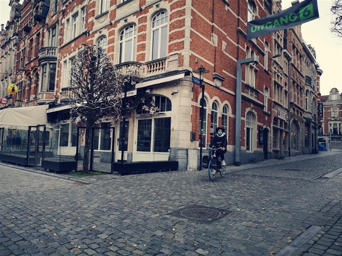 Một góc phố trung tâm thành phố Louvain, Vương quốc Bỉ. Ảnh: Đức Hùng-P/v TTXVN tại Vương quốc Bỉ