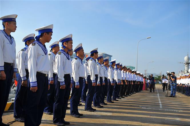 Lễ xuất quân lên đường ra nhà giàn DK 1 và huyện Côn Đảo. Ảnh: Minh Đức-TTXVN