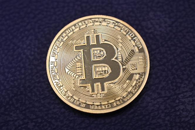 Đồng tiền điện tử Bitcoin. Ảnh: AFP/ TTXVN