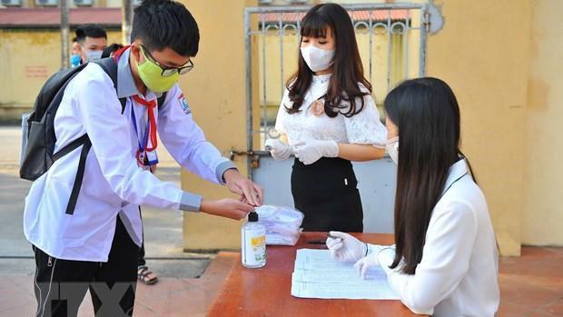 Học sinh TP HCM trở lại trường từ đầu tháng 3