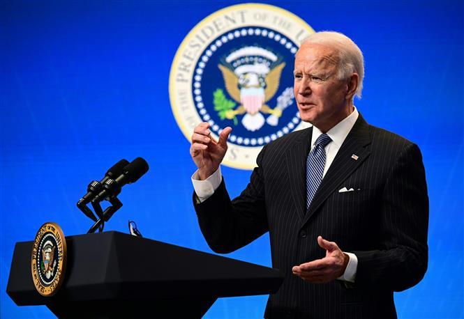 Trong ảnh: Tổng thống Mỹ Joe Biden phát biểu với báo giới tại Nhà Trắng ngày 25/1/2021. Ảnh: AFP/ TTXVN