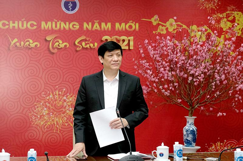 GS.TS Nguyễn Thanh Long- Bộ trưởng Bộ Y tế phát biểu tại cuộc họp       Ảnh: Trần Minh
