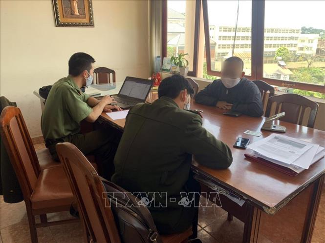 Công an tỉnh Lâm Đồng đã xử phạt ông T.V.N, trú tại thành phố Bảo Lộc (Lâm Đồng) về hành vi giả mạo trang thông tin điện tử của Báo điện tử Lâm Đồng với số tiền 20 triệu đồng.