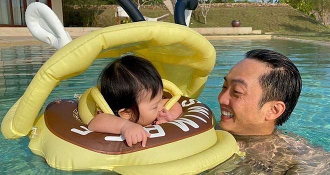 Nên cả hai rất hứng thú tham gia các hoạt động tại đây như tắm biển hay ngắm hoàng hôn