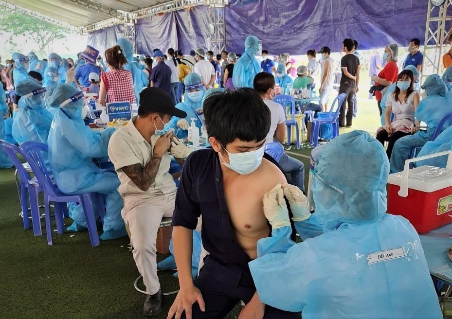 Bình Dương xin phân bổ khẩn 1 triệu liều vaccine, Bình Dương xin phân bổ vaccine, Bình Dương xin 1 triệu liều vaccine, Bình Dương xin khẩn 1 triệu liều vaccine