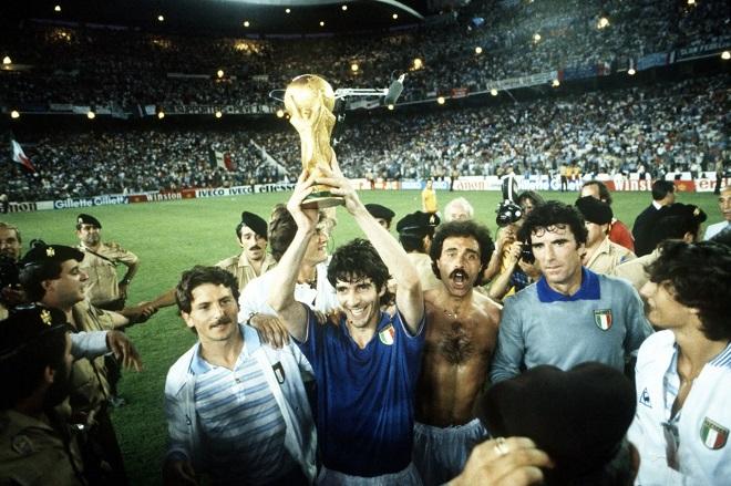 Paolo Rossi - Cả cuộc đời nằm trong chiếc cup vô địch thế giới 1982