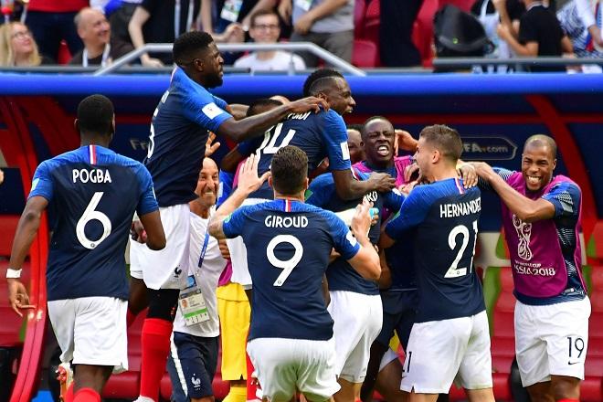 Điểm nóng World Cup: Mbappe tỏa sáng, Argentina lu mờ