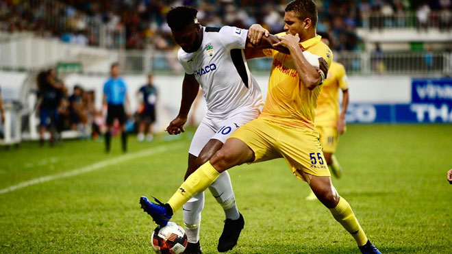 HAGL 1-0 Nam Định: Walsh tỏa sáng, giúp Hoàng Anh Gia Lai thắng trên sân nhà