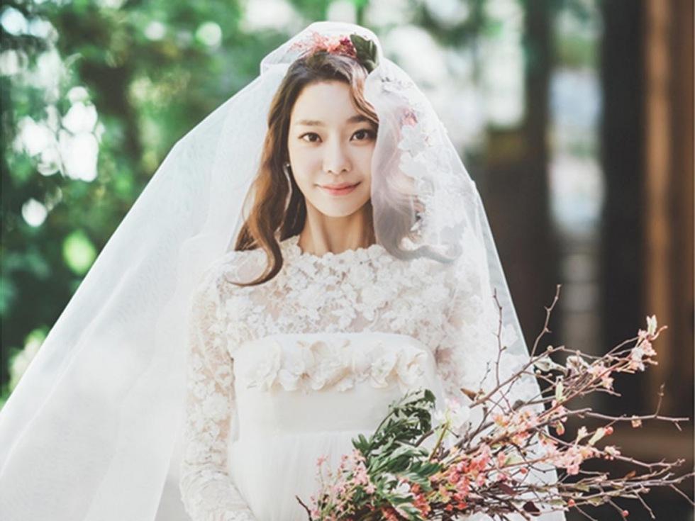 Các cô dâu đã cập nhật những xu hướng thiết kế váy cưới mới nhất này? (P2)