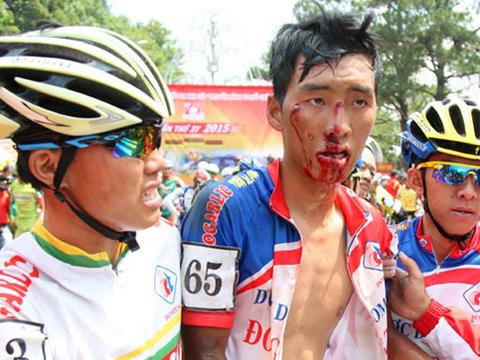 Nhật Nam gặp tai nạn trên đường đua nhưng chưa bao giờ có ý nghĩ bỏ cuộc. Ảnh: NVCC