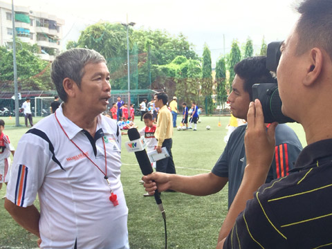HLV Minh Xương cho rằng giờ không phải là lúc để tranh cãi về U20 Việt Nam