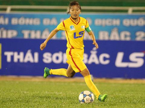Huỳnh Như giải cơn khát bàn thắng, TP.HCM 1 giải hạn. Ảnh: Quang Phương