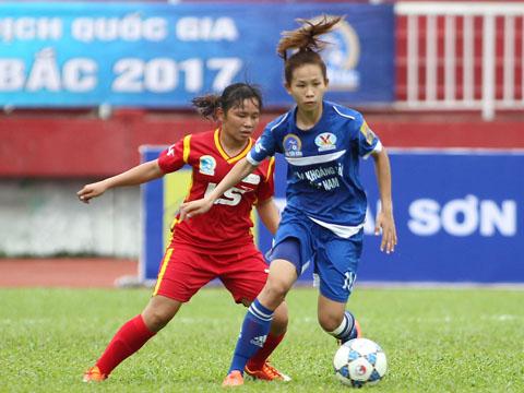 Than khoáng sản Việt Nam giữ ngôi đầu sau 3 trận toàn thắng. Ảnh: Quang Phương