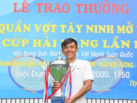 Nếu vô địch giải trên sân nhà, Hoàng Nam hứa hẹn sẽ được nhận không dưới 50 triệu đồng. Ảnh: LT