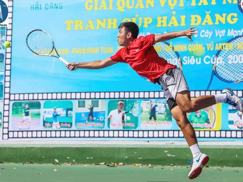 Lý Hoàng Nam là thần tượng và động lực của nhiều người đam mê quần vợt Tây Ninh. Ảnh: LT