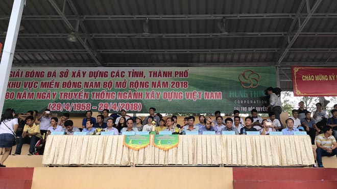 Tưng bừng khai mạc giải bóng đá và quần vợt Sở Xây dựng TP.HCM