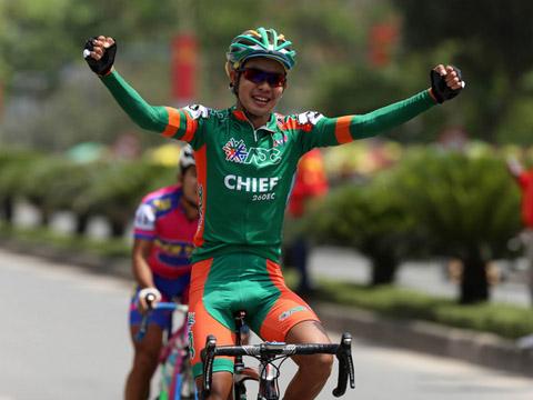 Nguyễn Hoàng Sang khi còn đầu quân cho đội xe đạp quê hương Vĩnh Long