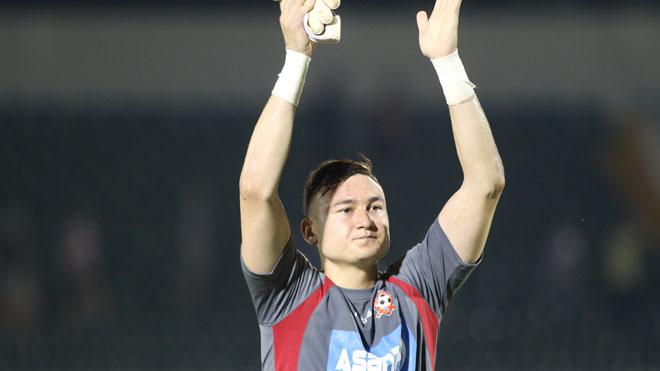 Mưa lời khen cho thủ môn 'gánh team' Đặng Văn Lâm