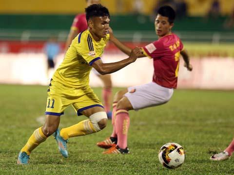 SLNA của Xuân Mạnh đã thua 1-3 trên sân Thống Nhất trước Sài Gòn năm ngoái. Ảnh: Quang Liêm