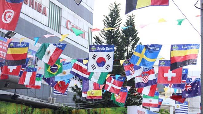 TP.HCM tấp nập 'ăn theo' mùa World Cup