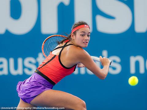 Tay vợt nữ xinh đẹp Alize Lim hứa hẹn sẽ gây sốt ở giải năm nay. Ảnh: WTB