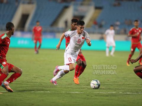 Tiến Linh chưa thể hiện được nhiều dù đang dẫn đầu danh sách vua phá lưới nội V-League 2018 với 11 bàn thắng. Ảnh: Hoàng Linh