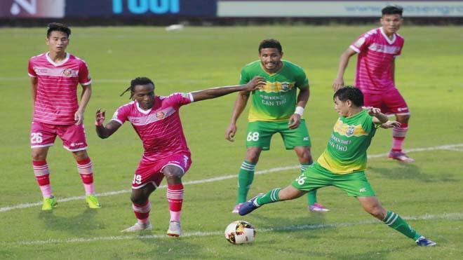 Cầu thủ xứ Thanh tỏa sáng rực rỡ, Sài Gòn đẩy Cần Thơ xuống vực thẳm