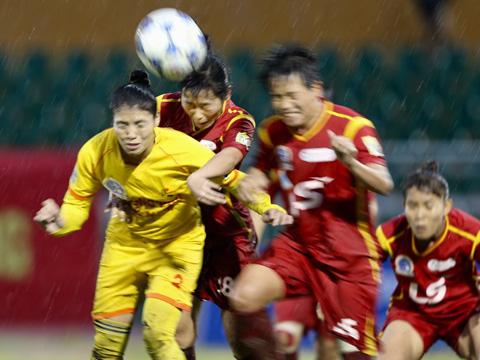 TP.HCM 1 khẳng định sự trở lại bằng chiến thắng trước Phong Phú Hà Nam để tam lấy lại vị trí thứ 2. Ảnh: Anh Duy