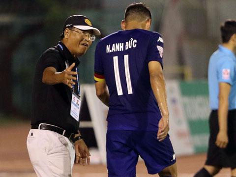 HLV Trần Bình Sự tin HLV Park Hang Seo sẽ dùng Anh Đức xung trận chiều 14-8. Ảnh: Quang Liêm